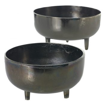 Black Metal Bowl On Stand