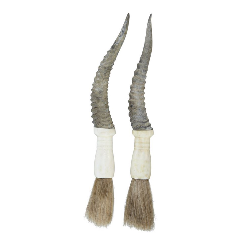 Calligraphy brush with horn handle
