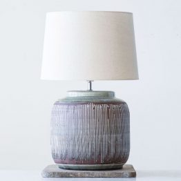 Round engraved ceramic table lamp
